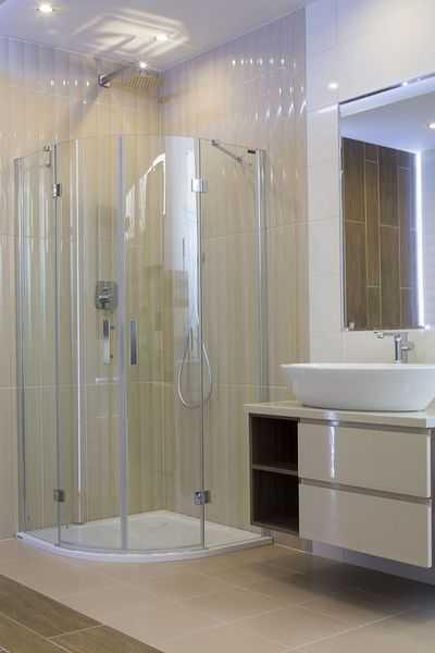 Jaką kabinę półokrągłą pasować do nowej łazienki?